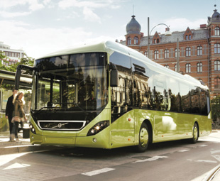 Volvo's 7900 low-floor city bus is considerably lighter than its 7700 predecessor, and can offer increased carrying capacity as a result.