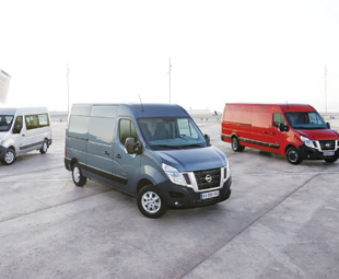 The new Nissan NV400 will be powered by a Euro 5-compliant, 2,3-litre four-cylinder direct-injection diesel, developed by Renault.