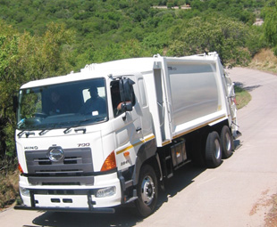The TFM HC 250 compactor is ideally suited to the Hino truck and is well proven in South African operating conditions.