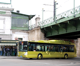 Record order for Iveco hybrid buses