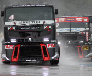 Truck racing, yee-ha!
