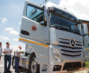 Mercedes-Benz South Africa brought the new-generation, Euro-6 Actros along for a bit of show and tell. The vehicle won't be available locally for some time, but is sure to take Mercedes-Benz and Cargo Carriers' relationship to new heights as soon as it arrives.