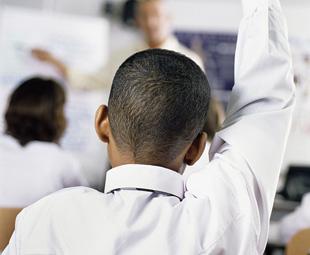 Mercedes-Benz STEPs up SA education