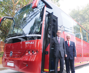 Daimler buses for mainstream Indian operation