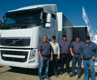 The company's sales team spread the word that the new FH16 750 will be launched during October in South Africa … Wonderful news as the FH13 440 attracted its fair share of attention at Nampo 2013.