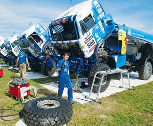 Top drivers dish on Dakar 2014