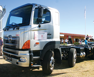 The 700 8x4 can be fitted with a tipper, freight carrier or mixer body for various applications.