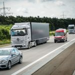 Daimler's Future Truck 2025 can interact with traffic while the driver does his office work!