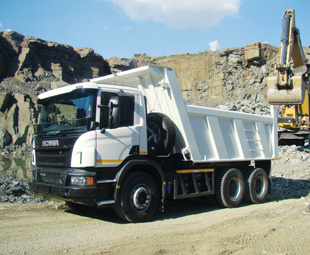 Scania trucks for the construction sector are desgned to keep vulnerable components safe.