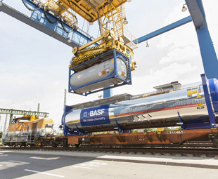 Van Hool delivers prototype rail tank