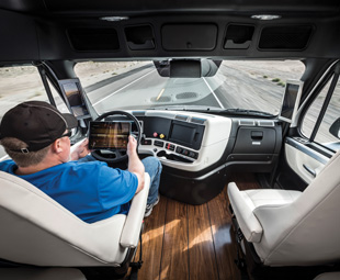 Is this the future of truck driving? The Freightliner Inspiration certainly makes driving effortless.