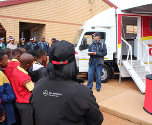 FUSO feeds the underprivileged