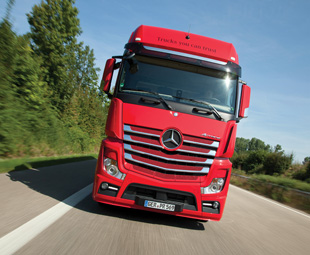 Mercedes-Benz has announced detailed improvements to its OM 471, the European member of its global heavy-duty engine family.