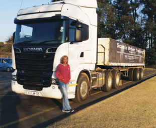 "nother early morning start. ""My"" Scania and I in Krugersdorp."