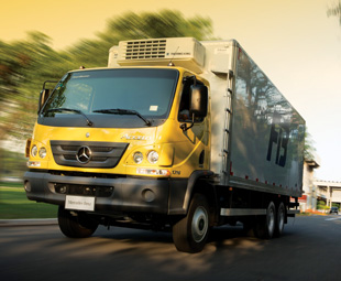 The new Mercedes-Benz Accelo 1316 is a heavier 6x2 addition to this Brazilian cruiserweight distribution range.