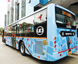 UD celebrates the first SLF city bus to enter trial operation in Bangalore.