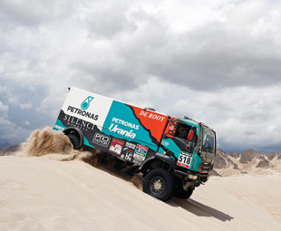 Iveco – the darling of Dakar 2016