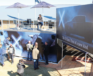 Visitors to the Mercedes-Benz stand at Nampo 2017 were able to experience the X-Class with a virtual audio/visual exhibit.