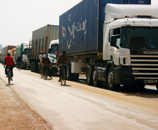 Chaos for hauliers at Zim borders