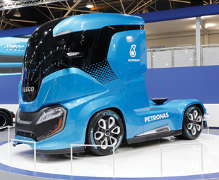 """Iveco's Z Truck, which we first saw at the IAA, continued to attract a lot of interest at the fair. Powered by LNG, it offers 2 200 km of autonomous driving and """"virtually zero"""" emissions."""